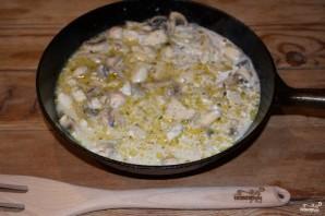 Куриное филе в сметанном соусе - фото шаг 7