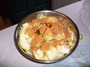 Яблочный пирог в карамельном соусе - фото шаг 2