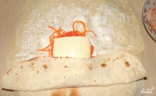 Лаваш с морковью и сыром - фото шаг 5