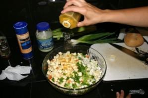 Салат из куриных грудок - фото шаг 9