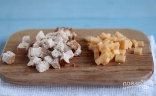 Салат: курица с ананасами и сыром - фото шаг 4