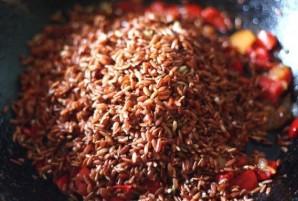 Плов из красного риса - фото шаг 3