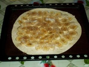 Банановый пирог из слоеного теста - фото шаг 6