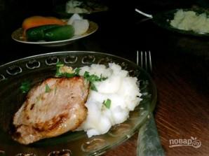 Свинина жареная с картофельным пюре - фото шаг 6