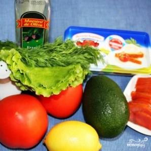 Салат с красной рыбой - фото шаг 1