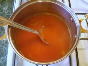Закатка томатного сока на зиму - фото шаг 5