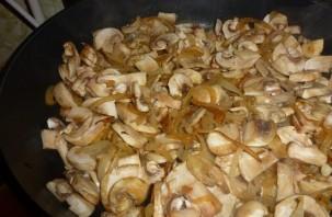 Свинина с грибами в сметане - фото шаг 4