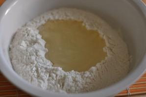 Тесто для чебуреков с водкой - фото шаг 2