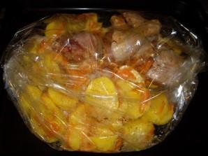 Окорочка куриные с картошкой - фото шаг 4