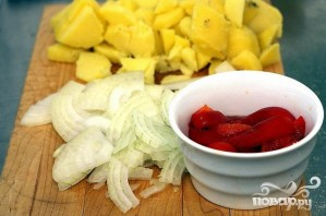 Картофельная запеканка с артишоками - фото шаг 1