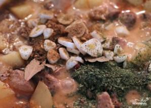 Картошка в чугунке в духовке - фото шаг 5