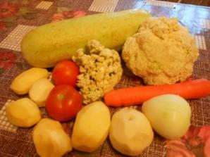 Рагу с цветной капустой и картошкой - фото шаг 1