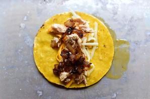 Энчиладас с курицей и сыром - фото шаг 11
