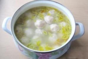 Суп со щавелем и фрикадельками - фото шаг 4