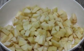 Пирог из дрожжевого теста с яблоками - фото шаг 1