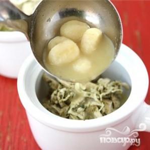 Суп с куриными грудками, ньокки и соусом Песто - фото шаг 6