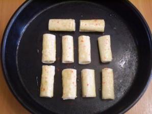 Трубочки из лаваша, запеченные в духовке - фото шаг 6