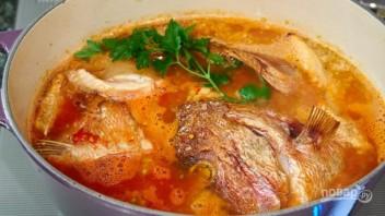 Рыбный томатный суп - фото шаг 6