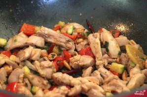 Курица Кунг Пао - фото шаг 6