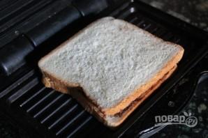 """Сэндвич с """"Нутеллой"""" и бананом - фото шаг 4"""