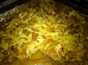 Капуста в духовке с картошкой - фото шаг 7