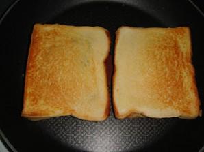 Тосты с сыром и грибами - фото шаг 6