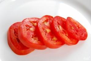 Бутерброд с помидорами - фото шаг 1