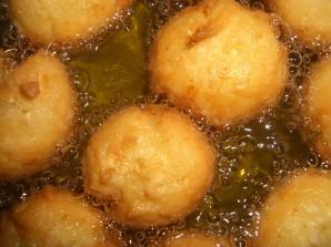 Картофельные шарики из пюре - фото шаг 3