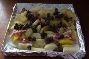 Картофель в духовке с белыми грибами и беконом - фото шаг 10