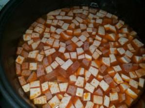 Суп с колбасой в мультиварке - фото шаг 5