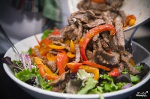 Салат с жареным мясом - фото шаг 11