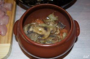 Филе индейки с грибами в духовке - фото шаг 4