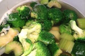 Суп-пюре из брокколи с сыром - фото шаг 2