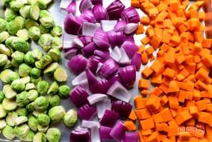 Салат из запеченных овощей с гранатом - фото шаг 4
