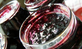 Варенье из черники без варки - фото шаг 4