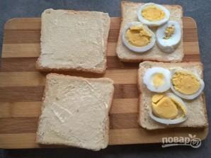 Бутерброды с рыбными консервами - фото шаг 2