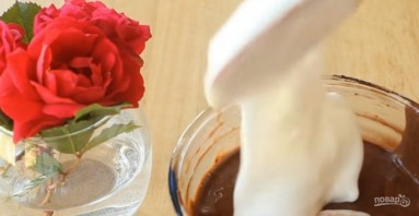 Шоколадный рулет (лучший рецепт) - фото шаг 3