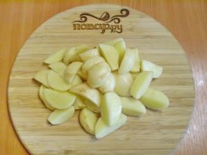 Тушеная картошка с мясом в мультиварке - фото шаг 3