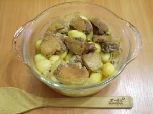 Утка в духовке с картофелем - фото шаг 6