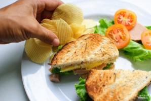 Сэндвич с колбасой - фото шаг 7
