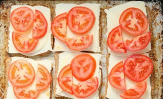Закуска с колбасным сыром - фото шаг 2