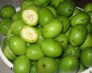 Варенье из зеленых грецких орехов - фото шаг 1