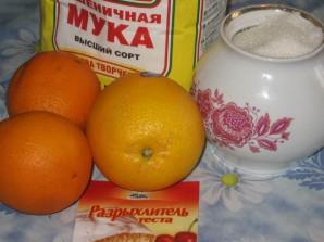 Шарлотка с апельсинами в мультиварке - фото шаг 1