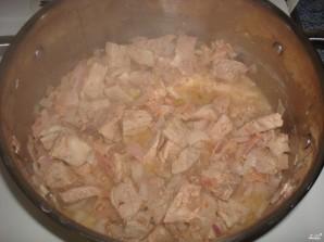 Картофель, тушенный со свининой - фото шаг 5