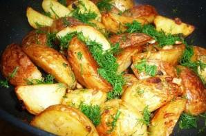 Картофель по-деревенски с чесноком - фото шаг 4