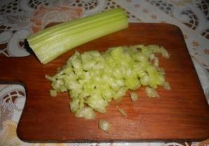 Начинка с колбасой для лаваша - фото шаг 1