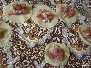 Пельмени со свининой и капустой - фото шаг 3