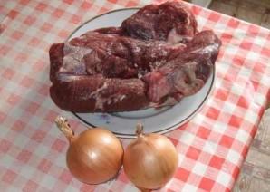 Подлива с мясом к макаронам - фото шаг 1