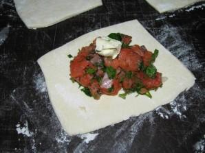 Пирожки с красной рыбой - фото шаг 5
