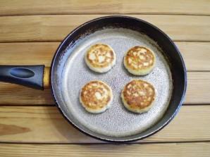 Сырники классический рецепт - фото шаг 8